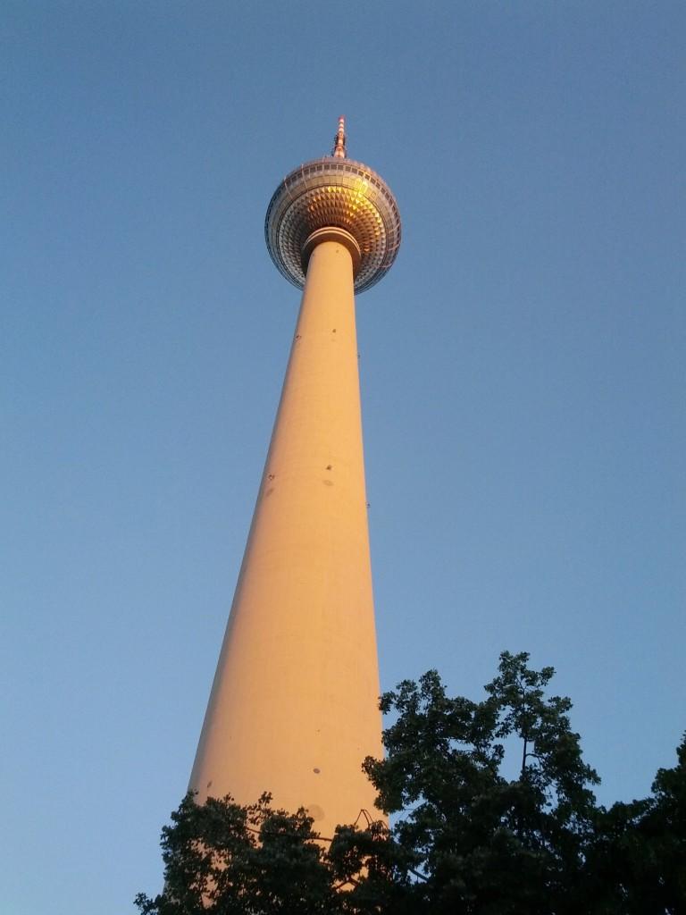fernsehturm-berlin-am-alexanderplatz